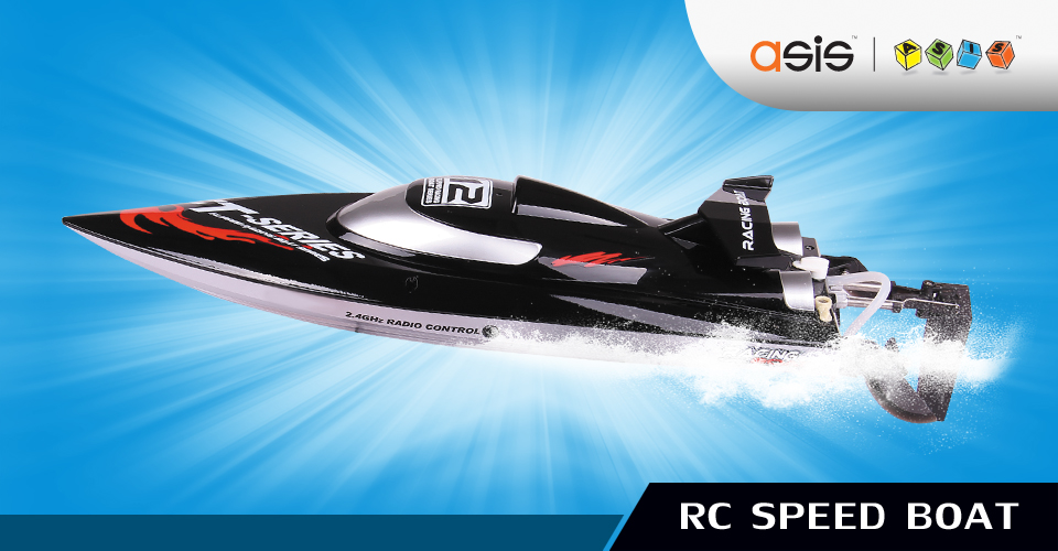HIGH SPEED RACING BOAT